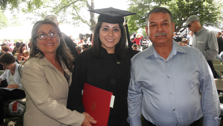 Geisel student Rosa Hernandez with her parents Daniel and Maria Magdelena, at her graduation from MIT