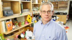 Duane Compton, Phd has been named interim dean at the Geisel School of Medicine at Dartmouth.