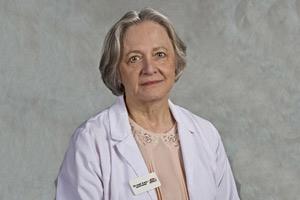 Dr. Lorna Stuart to Speak at Geisel School of Medicine Class Day