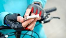 Image of biker-smartphone-shutterstock_278112914-2
