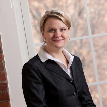 Lisa Marsch, PhD (photo by Mark Washburn)